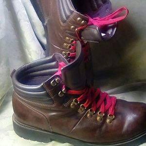 Tommy Hilfiger boots like new wore them one time